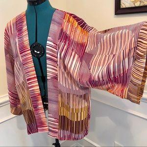 CAbi modern lined kimono top